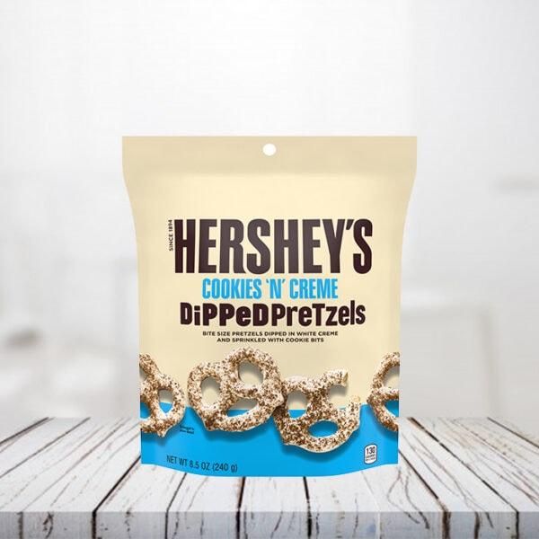 Hershey's Cookies'n'creme Dipped Pretzel
